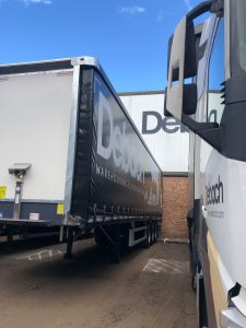 Debach Trailer in front of warehouse